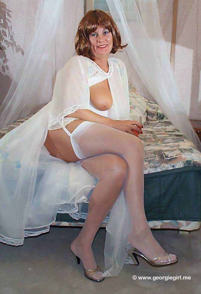 04 pantyhose deluxe 137